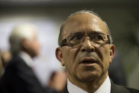 Eliseu Lemos Padilha é filiado ao PMDB e o Ministro-chefe da Casa Civil no governo Temer
